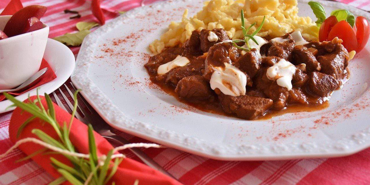 5 Hungarian traditional dishes you must try in Hungary