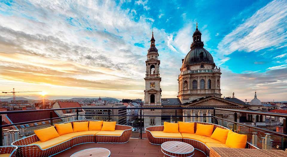 high note skybar aria hotel basilica