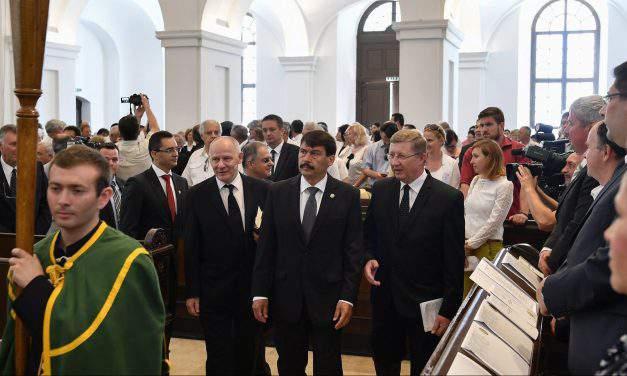 Áder addresses festive session of Reformed Church's synod