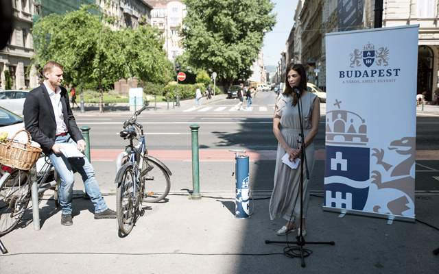 Free public bike pumps in Budapest