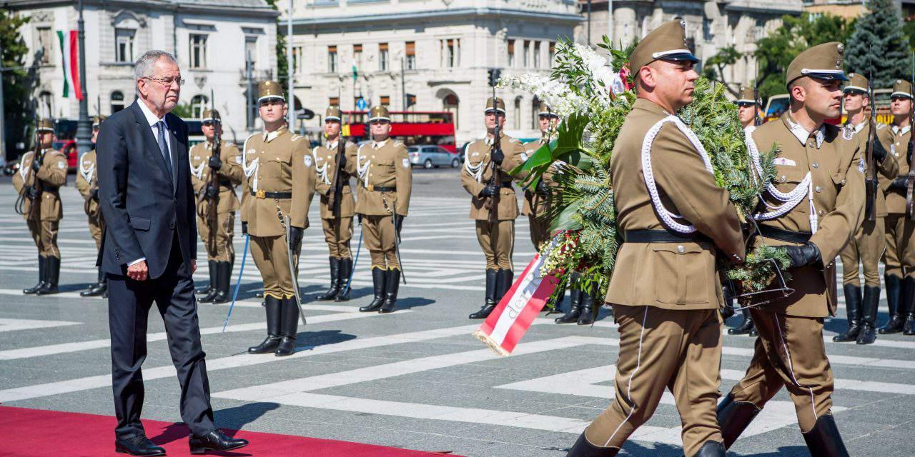 Austrian president holds talks in Hungary