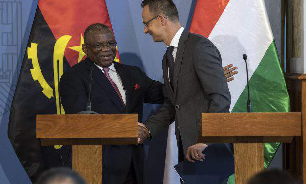 Hungary, Angola foreign ministers discuss energy cooperation, migration