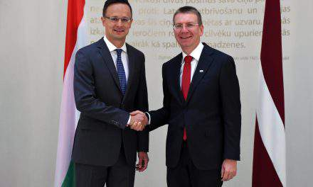 International pressure won't divert Hungary from stance on migration, says Hungarian FM in Riga