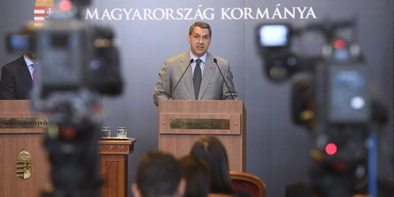 Government weekly press conference about Paks projects, tax and other important topics