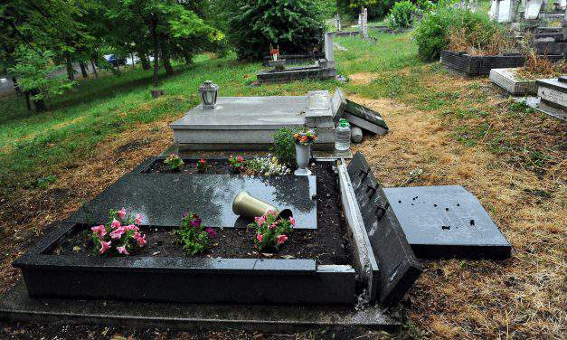 Serbian minority self-government condemns vandalisation of Serbian cemetery in Budakalász
