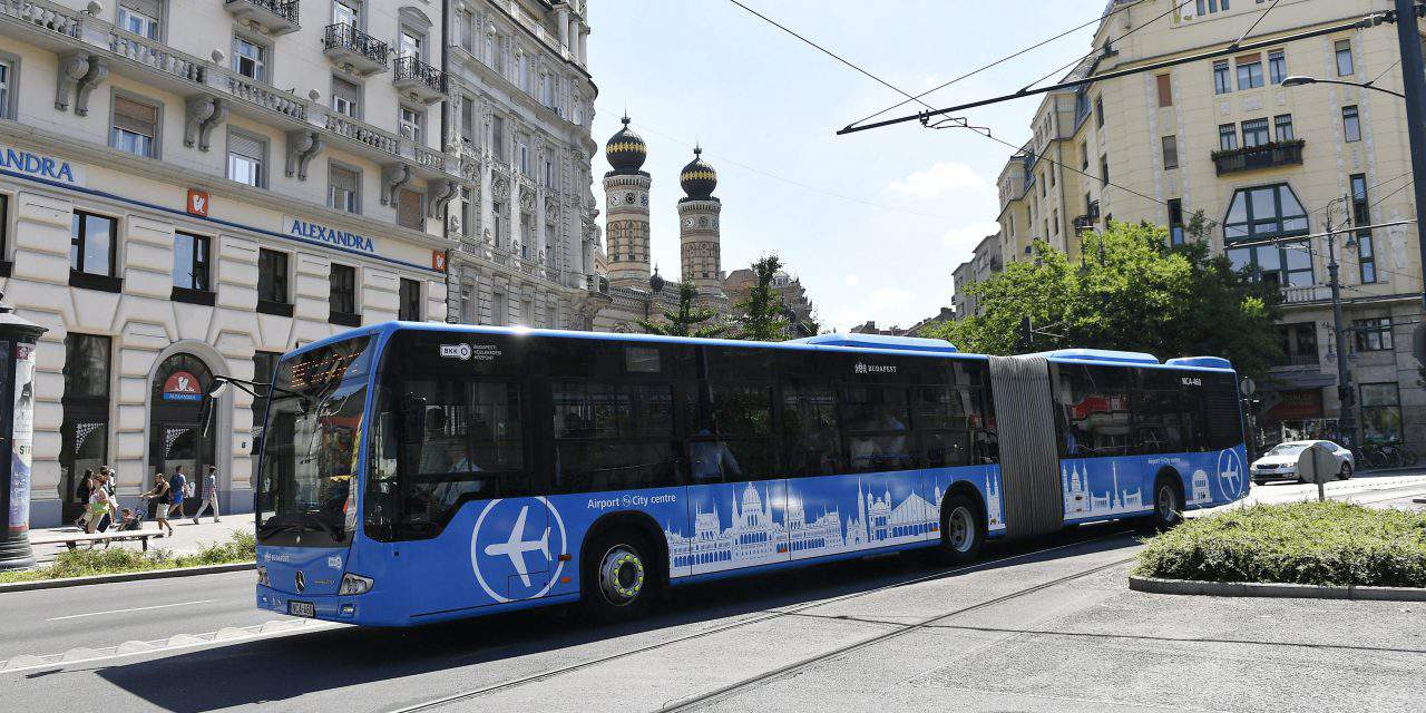 New airport bus from Budapest City Center for EUR 2.8