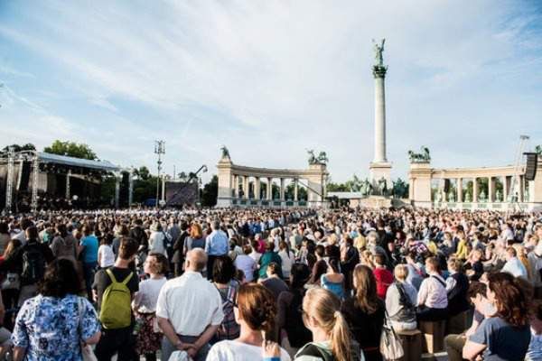 The Budapest Festival Orchestra is taking Heroes' Square once again