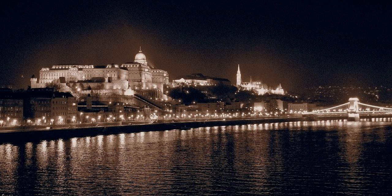 The British Daily Express highlights the must-visit sights in Budapest