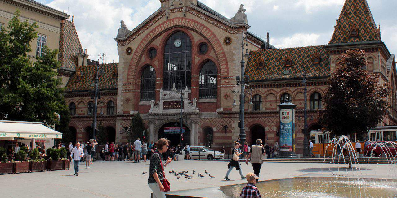 The Hungarian Great Market Hall chosen as the best market in Europe