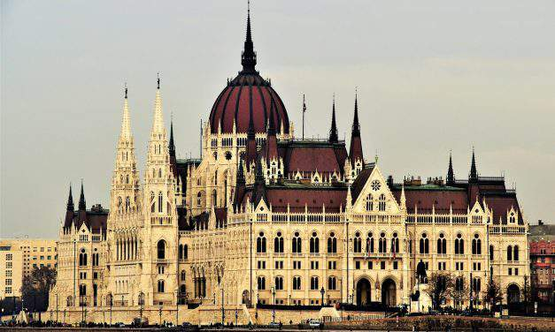 Hungarian parliament passes security law on foreign investments