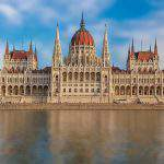 Hungarian parliament passes resolution condemning Sargentini report