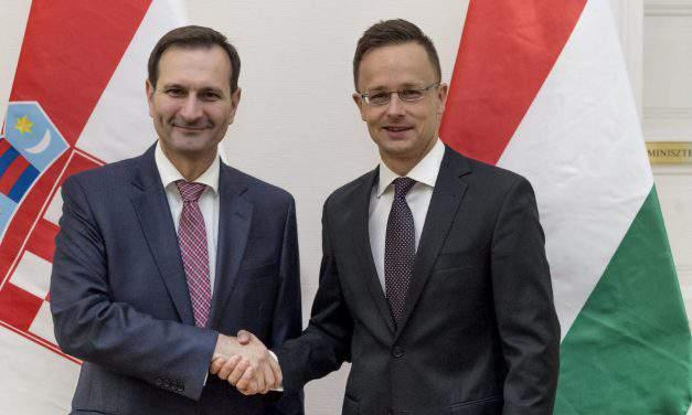 Hungary welcomes developing ties with Croatia