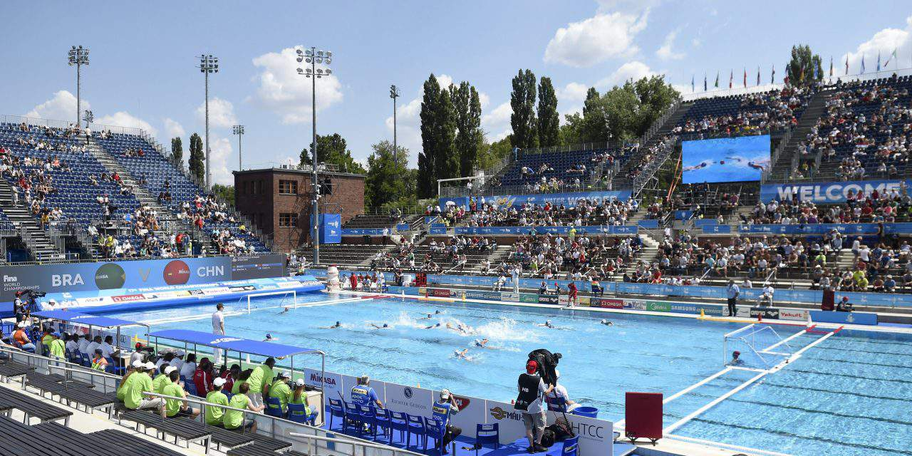 FINA Aquatics 2017, 3rd day – Women's water polo first day, Russian victory in women's synchro swimming duet