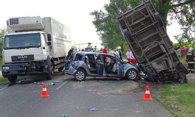 Two accidents 40 injured in Pest County