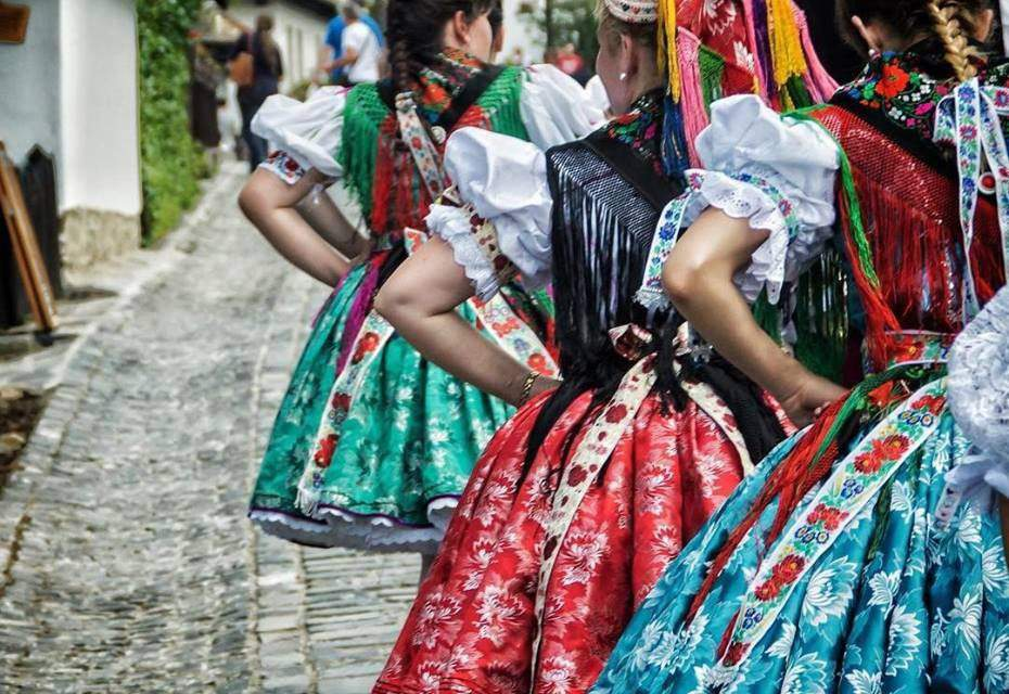 Get to know the invaluable Hungarian folk costumes