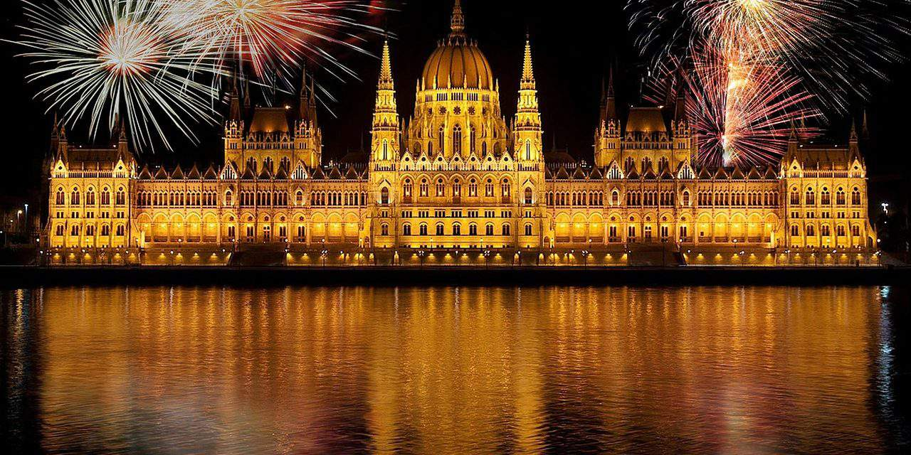 Fireworks of 20 August to change style and place in Budapest