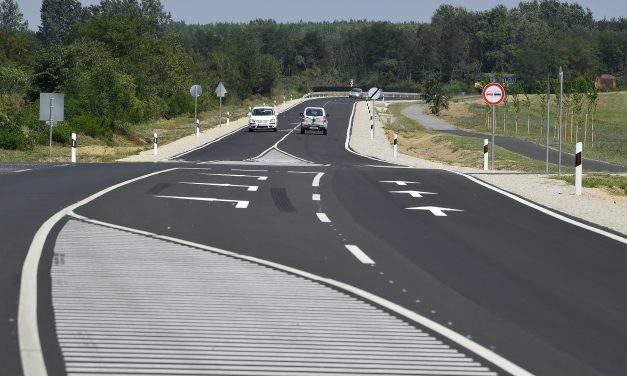 Here is the renewed 16 kilometres highway in eastern Hungary