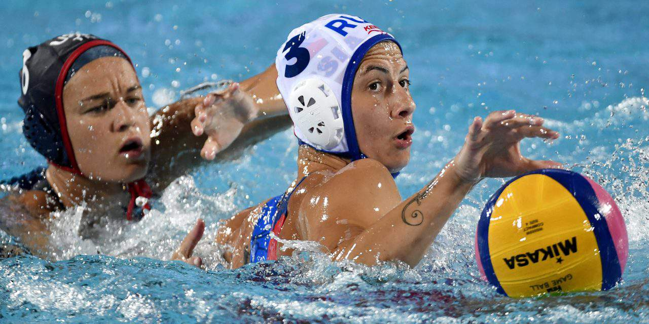 US Olympic and World Champion Maggie Steffens signed a contract with Hungarian club