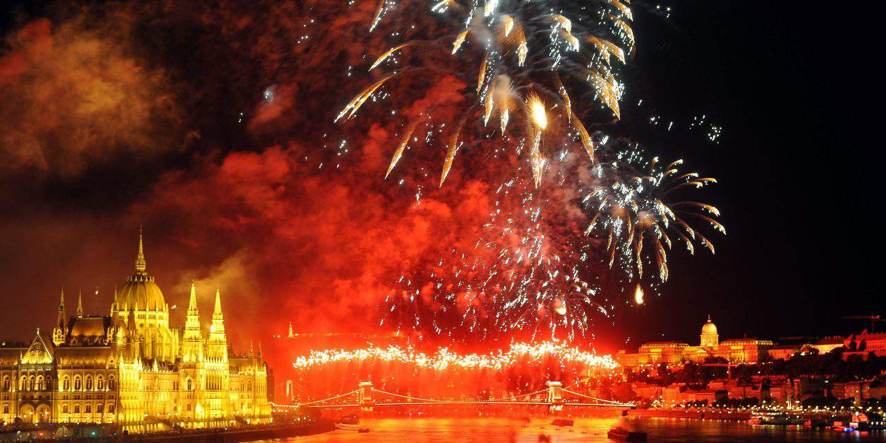 Hungary celebrated the national holiday with amazing fireworks – PHOTOS, VIDEO