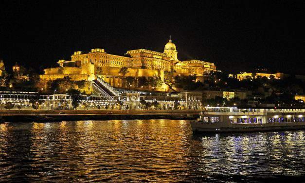Danube bank getting reshaped at Buda