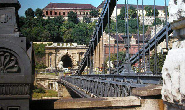People shocked by naked man on Chain Bridge