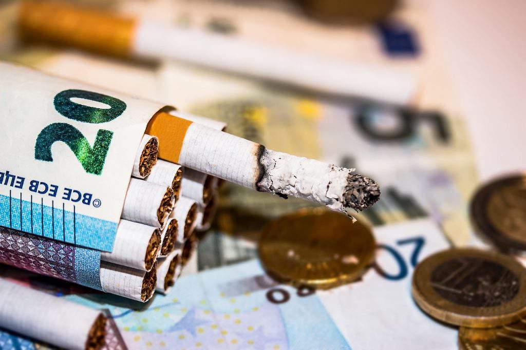 tobacco cigarette price money