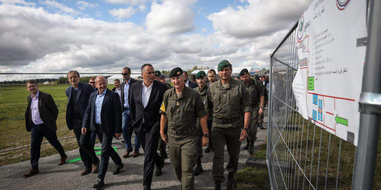 Hungary's defence minister observes military exercise in Austria