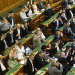 Parties respond to PM Orbán's opening address