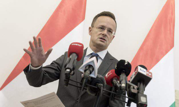 Hungarian FM: The fence is protecting Hungary and Western Europe
