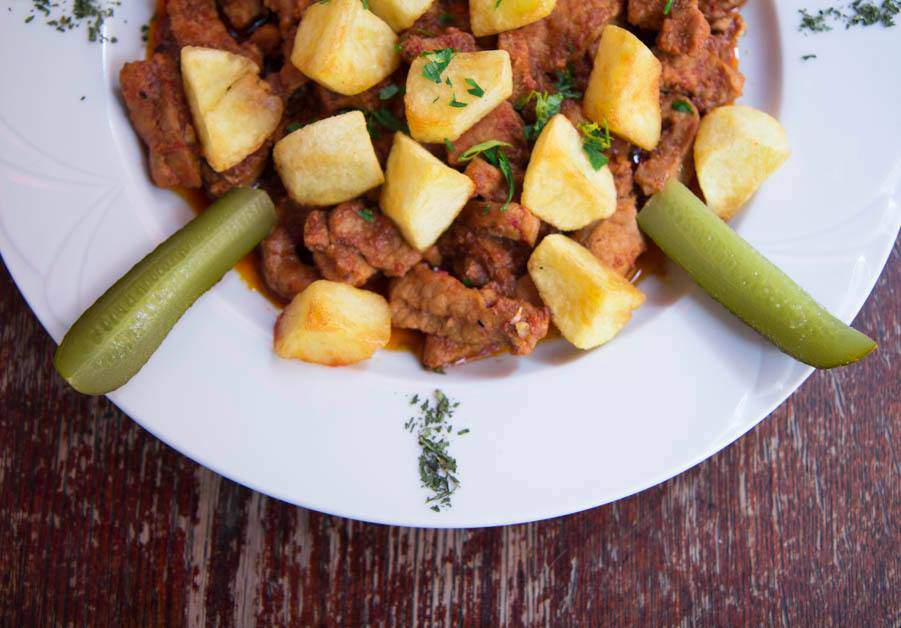 Recipe of the week: Roast á la Brasov (Brassói aprópecsenye)