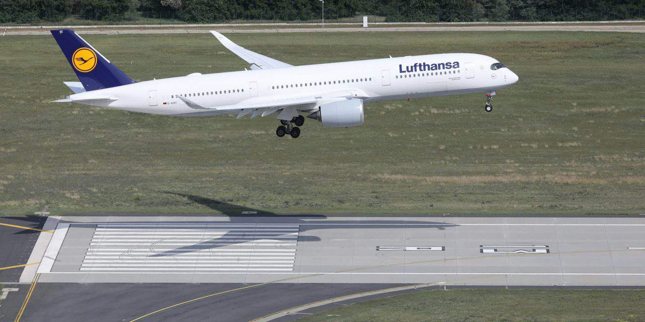 World's most state-of-the-art aircraft, Lufthansa Airbus A350 arrives in Budapest