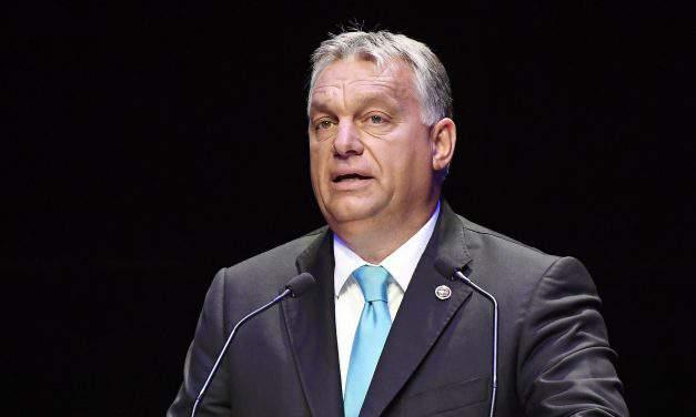 Orbán pledges to help Pécs amid strained finances