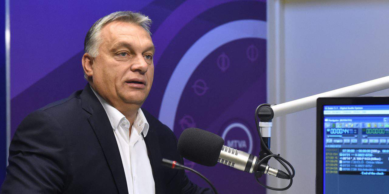 """Orbán called on Hungarians to participate in the government's public survey on the """"Soros plan"""""""