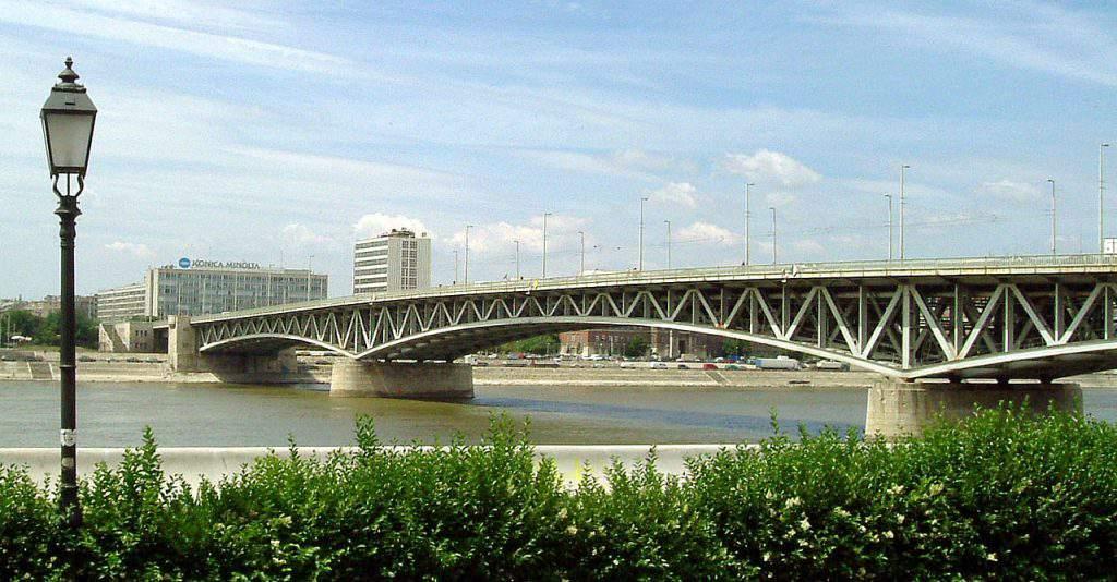 Petőfi Bridge híd