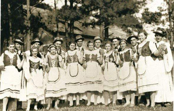 Meet the Hungarian folk music and its traditional instruments