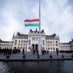 hungary flag parliament