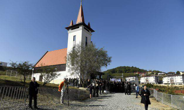 The inauguration of the Szászfenes/Floresti's Reformed church