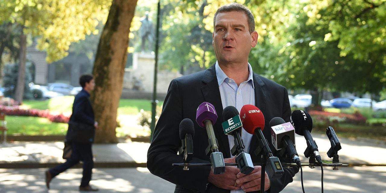 Botka resigns as Socialist PM candidate, Ujhelyi resigns as Socialist Party's deputy leader – UPDATE