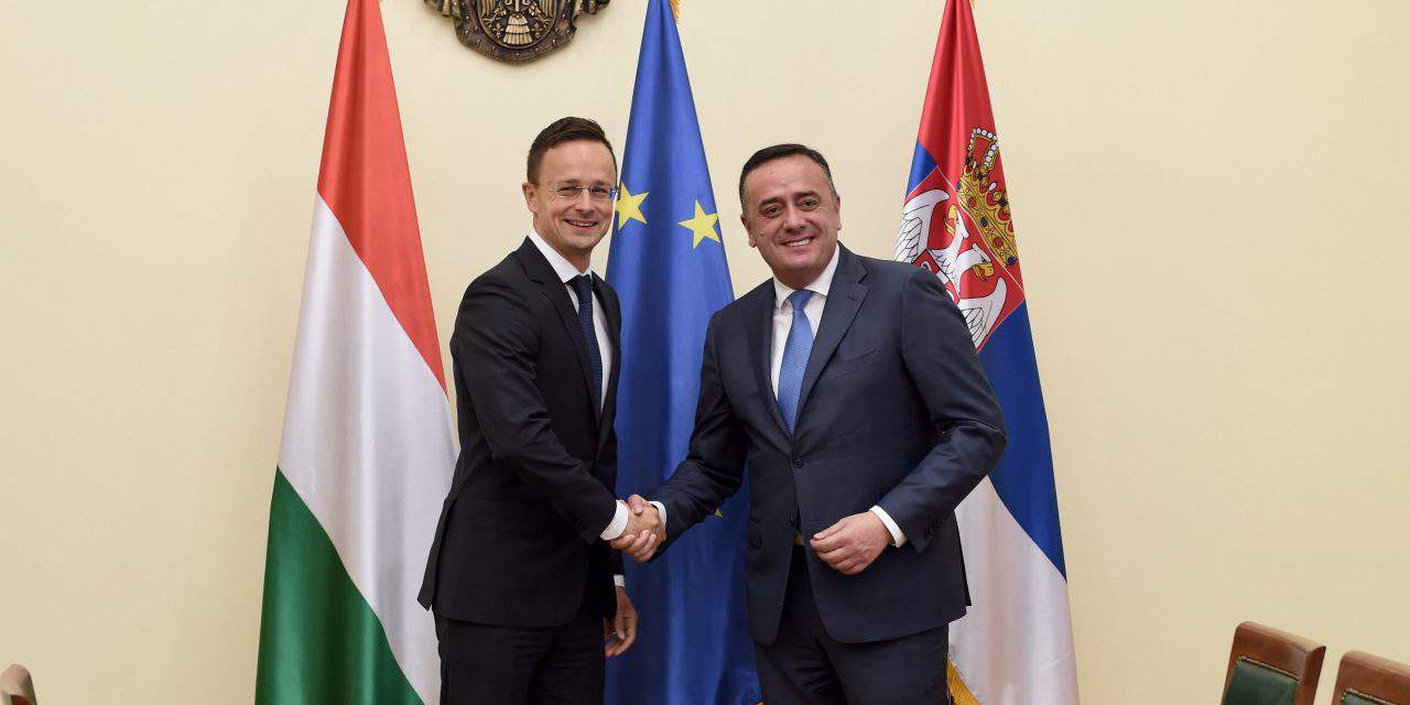 Stable Hungary benefits Hungarian communities beyond borders, says foreign minister