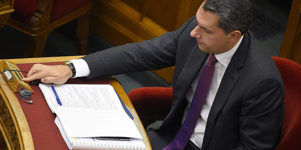 Parliament to vote on uniform sanctions for violating public admin rules