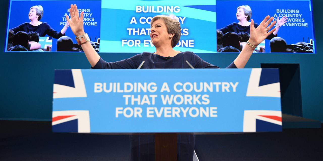British Prime Minister sets people at ease: Nobody has to leave the country