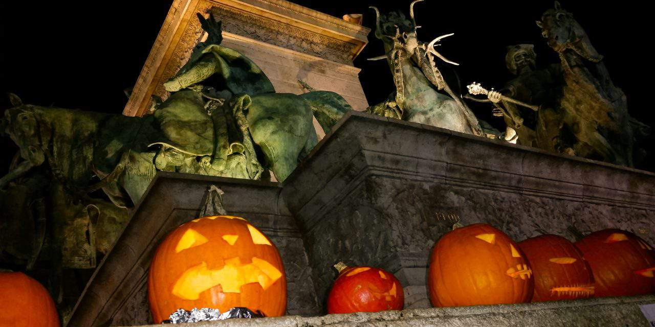 Is it OK for Hungarians to celebrate Halloween?