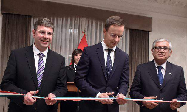 Foreign minister reopens Hungarian embassy in Lima and Bogota – UPDATE