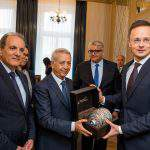 Hungary's foreign minister discusses economic relations with Moroccan tourism minister