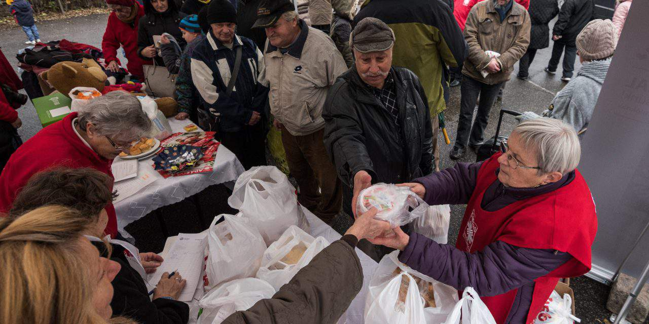 Hungarians are ready to donate at Christmas – Here is how you can also help