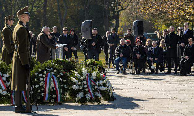Hungary marks anniversary of 1956 Soviet reprisal