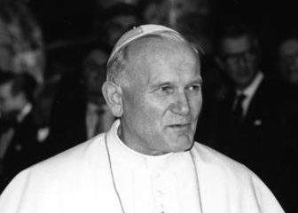 Pope John Paul II's statue won't be transported to Hungary