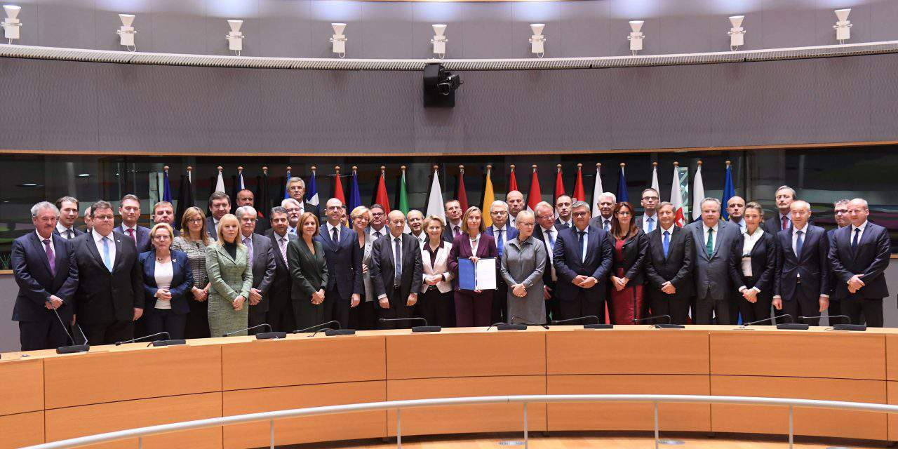 EU Ministers sign joint notification on strengthening the EU's defence dimension