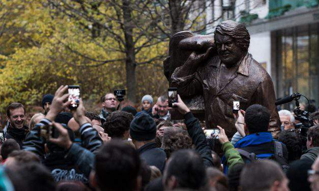 Bud Spencer statue inaugurated in Budapest