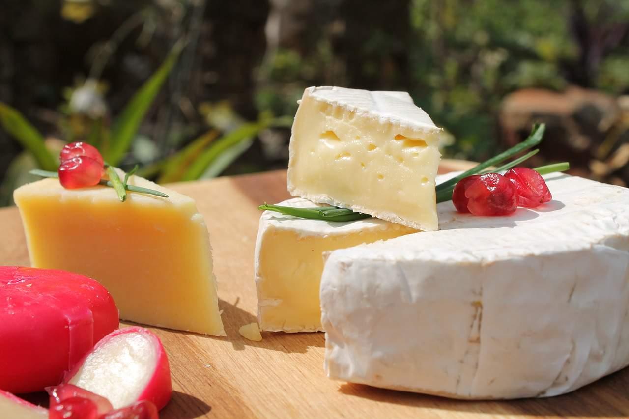 Kết quả hình ảnh cho hungarian cheese